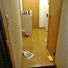 廊下まであふれだすゴミたちのイメージ